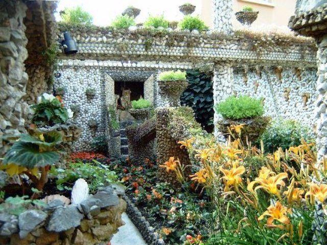 Location appartement meubl avec 1 chambre et terrasse for Jardin rosa mir