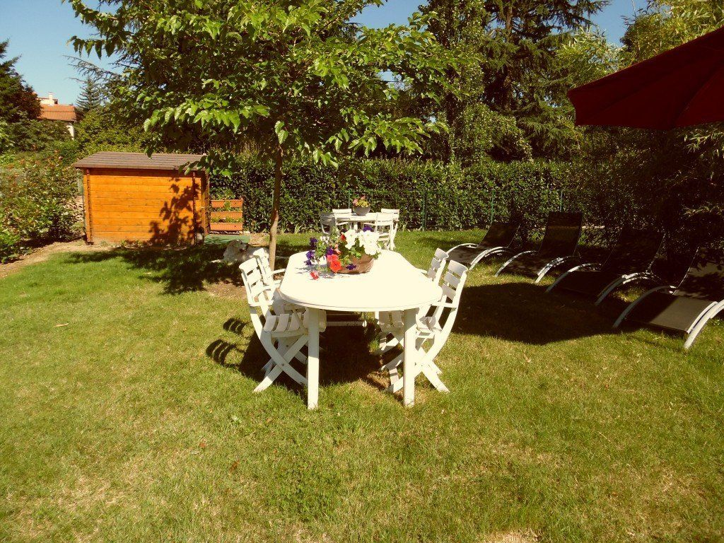 Location g te meubl avec 2 chambres location for Liquidation meuble de jardin laval