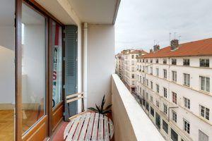 US-rue-De-Seze-Bedroom