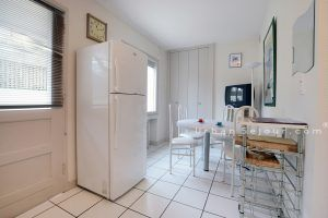 bron-location-le-catalpa-maison-de-ville-cuisine-c