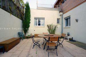 bron-location-le-catalpa-maison-de-ville-terrasse-a