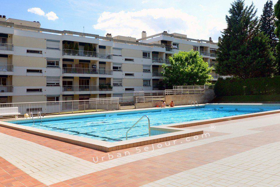 Caluire le panoramic urban s jour for Caluire piscine