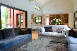 ecully-location-la-grande-villa-en-bois-sejour-c