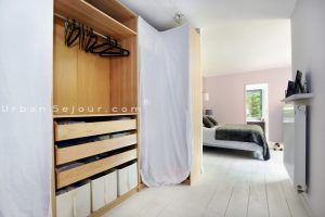 ecully-location-la-grande-villa-en-bois-suite-parentale-a