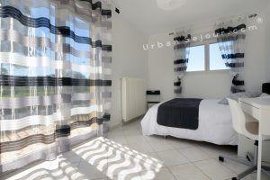 genas-location-fraternite-cote-balcon-chambre-1-b