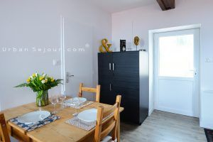 lentilly-location-le-duplex-entree
