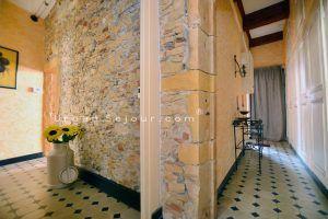 lyon-1-location-cordeliers-hotel-de-ville-entree-a