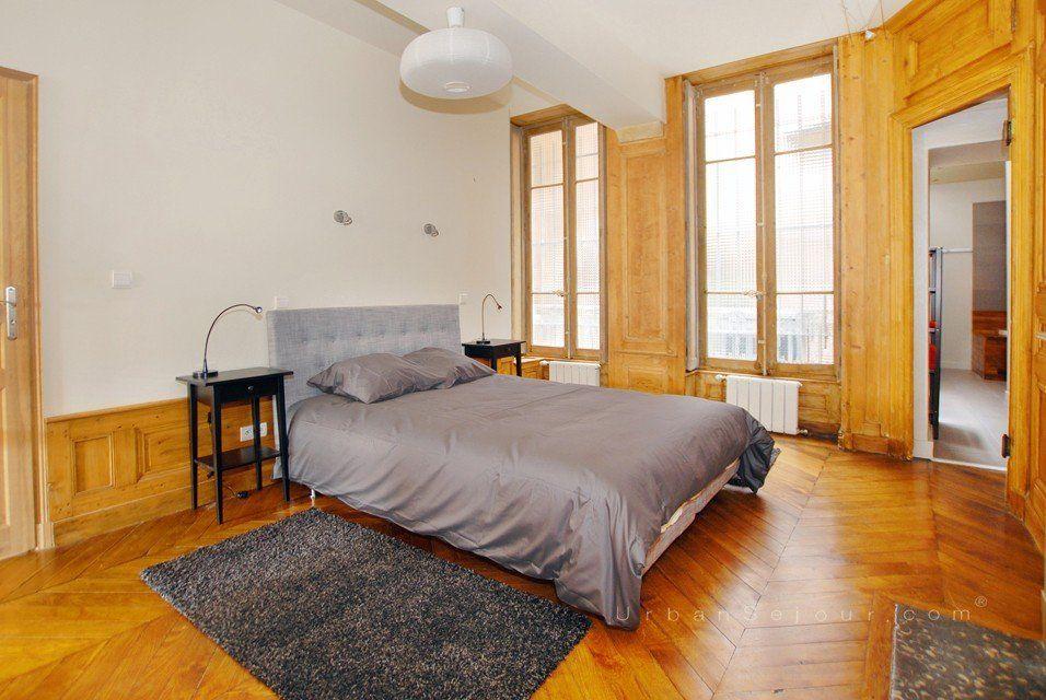 location appartement meubl avec 2 chambres location moyenne ou longue dur e lyon 1 sa ne. Black Bedroom Furniture Sets. Home Design Ideas