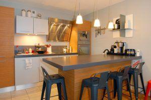 lyon-1-location-villa-chartreux-cuisine-b