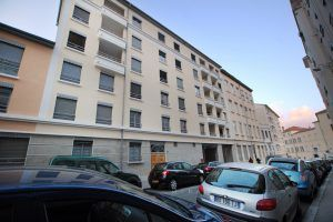 lyon-1-location-villa-chartreux-immeuble