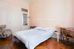 lyon-2-location-bellecour-childebert-chambre-1-b