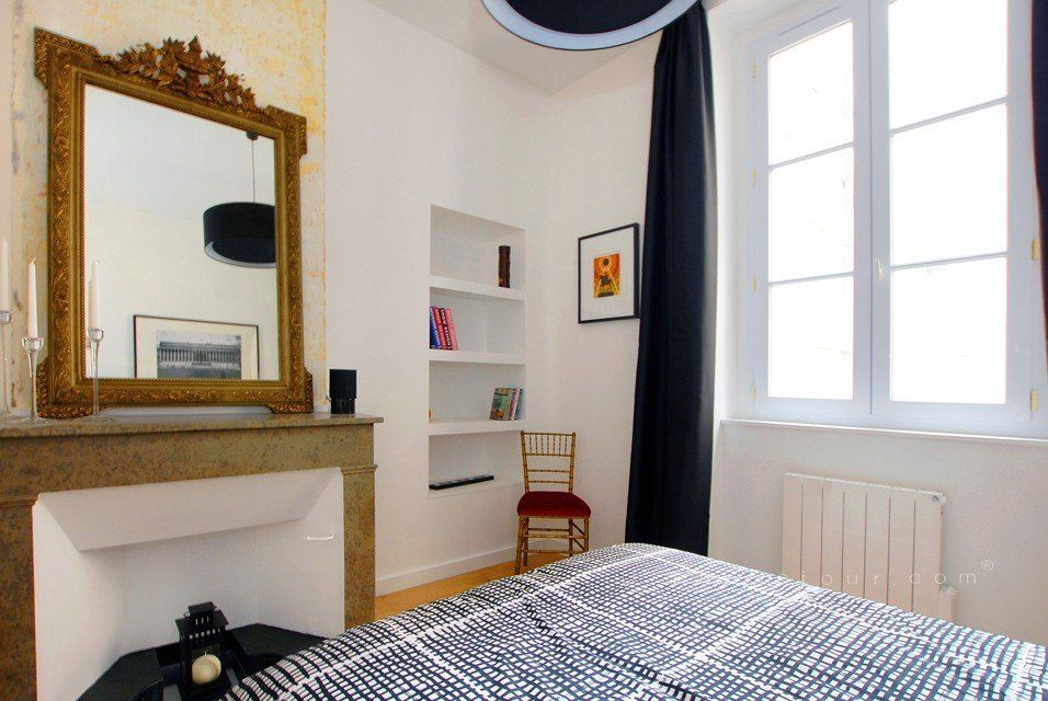 location appartement meubl avec 2 chambres location saisonni re lyon 2 bellecour gailleton. Black Bedroom Furniture Sets. Home Design Ideas