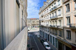 lyon-2-location-bellecour-jacobins-balcon-b