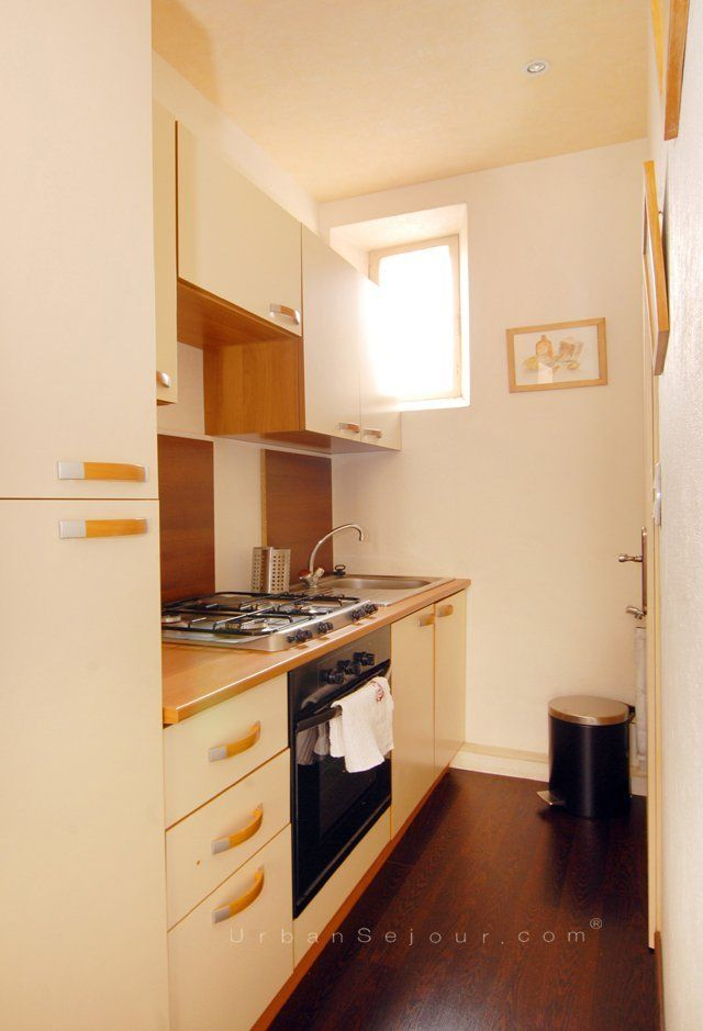 Rental Dropped Prices A Furnished Apartment With A Mezzanine - In cuisine lyon