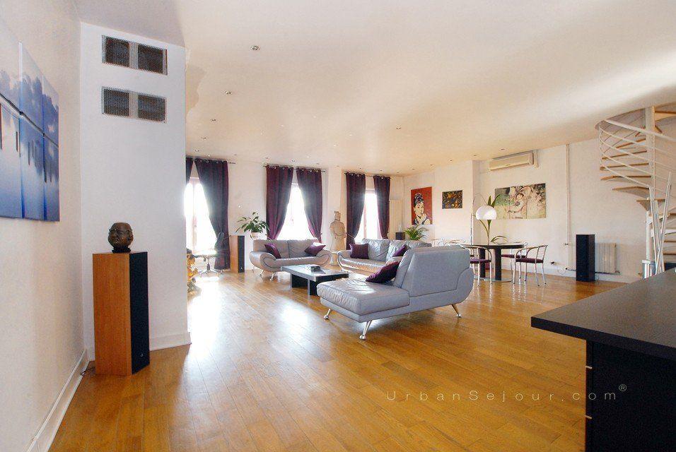 Location appartement meubl avec 2 chambres location saisonni re lyon 2 carnot verdun - Location studio meuble lyon 2 ...