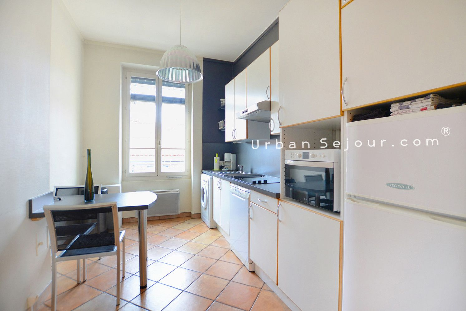 Rental Furnished apartment with 1 bedroom - Seasonal or holiday ...