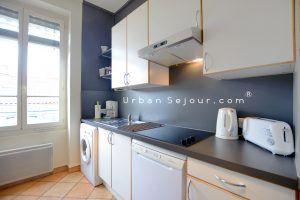 lyon-2-location-coeur-ainay-cuisine-b