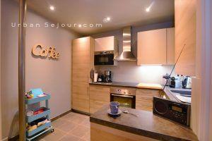 lyon-2-location-saint-polycarpe-cuisine-b