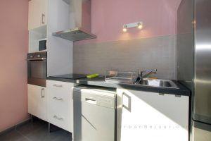 lyon-3-location-les-halles-de-lyon-moncey-cuisine-a
