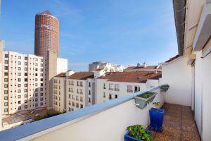 lyon-3-location-les-halles-de-lyon-moncey-terrasse-cote-chambres
