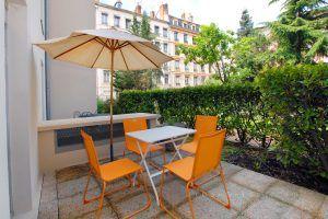 lyon-3-location-saxe-gambetta-edison-terrasse-devant-a