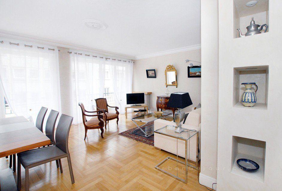 Location appartement meubl avec 2 chambres et parking location saisonni re lyon 3 saxe - Location studio meuble lyon 3 ...