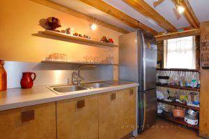 lyon-4-location-croix-rousse-place-bellevue-cuisine-1-b