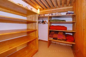 lyon-4-location-croix-rousse-place-bellevue-mezzanine-dressing