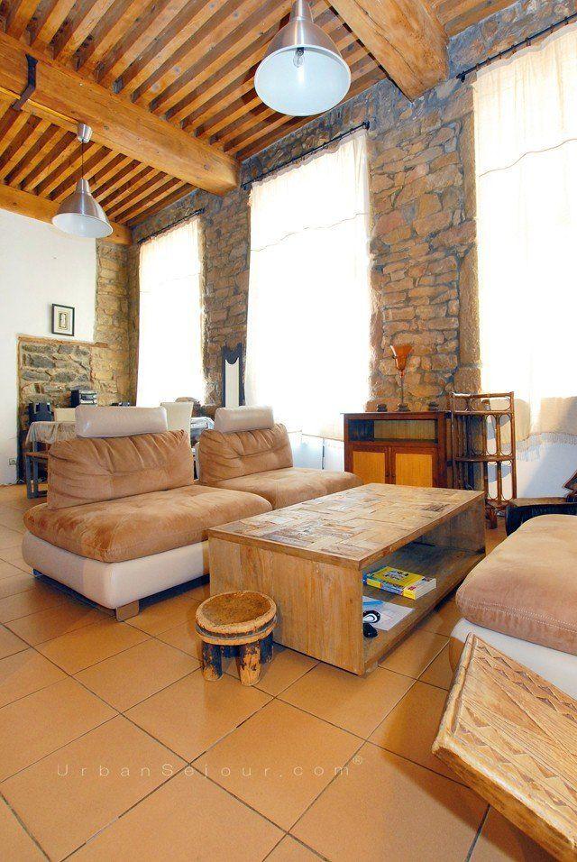 location appartement meubl avec 2 chambres location saisonni re lyon 4 croix rousse bellevue. Black Bedroom Furniture Sets. Home Design Ideas