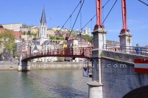 lyon-5-location-gourguillon-saint-georges-passerelle-a
