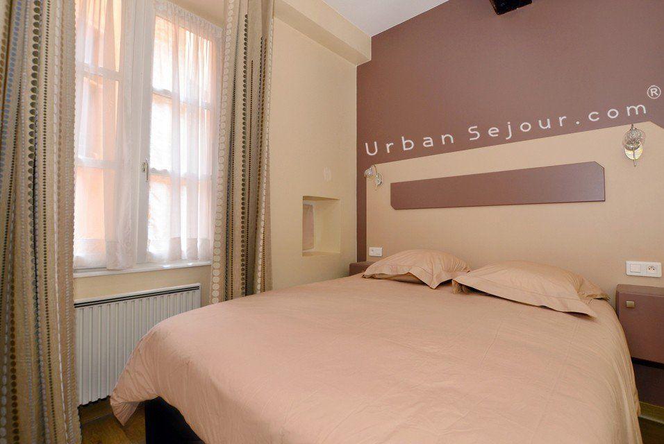Location appartement avec 1 chambre location saisonni re for Les lions du meuble