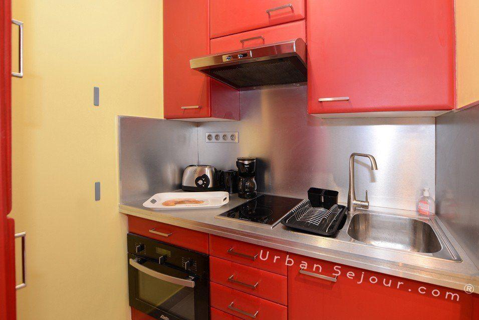 les concepteurs artistiques location meuble haut de gamme. Black Bedroom Furniture Sets. Home Design Ideas
