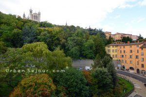 lyon-5-location-saint-jean-tramassac-vue-chambre-2