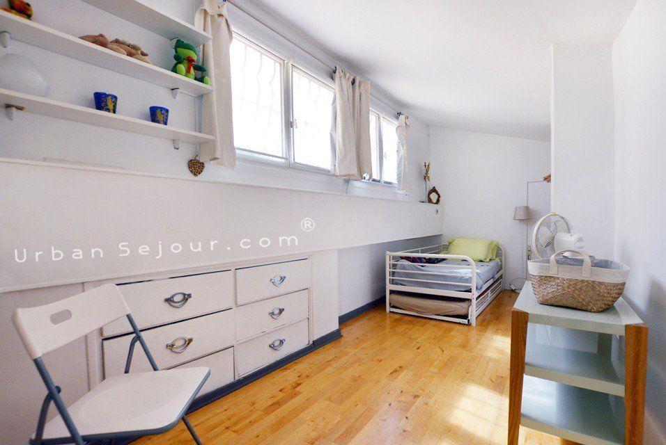 location appartement meubl avec 3 chambres location moyenne ou longue dur e lyon 5 vieux. Black Bedroom Furniture Sets. Home Design Ideas