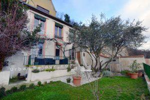lyon-5-location-vieux-lyon-la-maison-panoramique-jardin-d