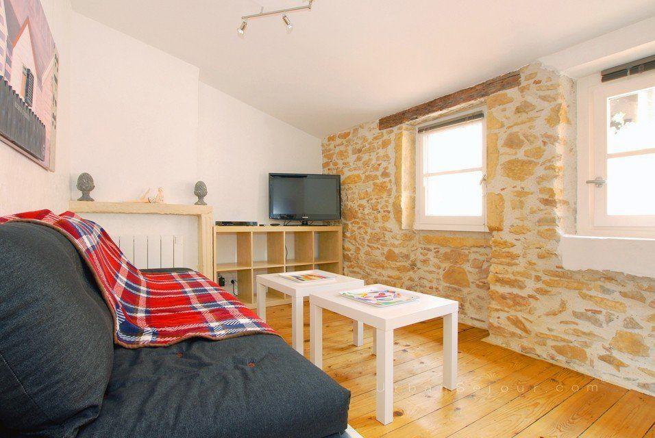 Location appartement meubl avec 1 chambre location saisonni re lyon 5 vieux lyon lainerie - Location appartement lyon meuble ...