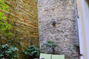 lyon-5-location-vieux-lyon-theatre-romain-terrasse-b