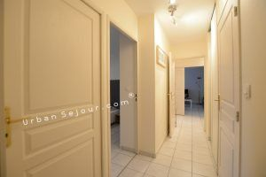 lyon-6-location-bellecombe-plaza-couloir