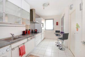lyon-6-location-l-orangerie-du-parc-cuisine-b1