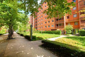 lyon-6-location-l-orangerie-du-parc-entree-immeuble