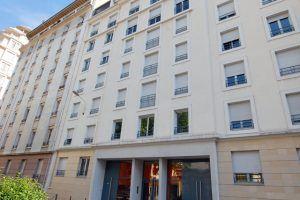lyon-6-location-le-patio-des-brotteaux-immeuble