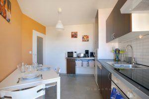 lyon-7-location-garibaldi-parc-blandan-cuisine-b