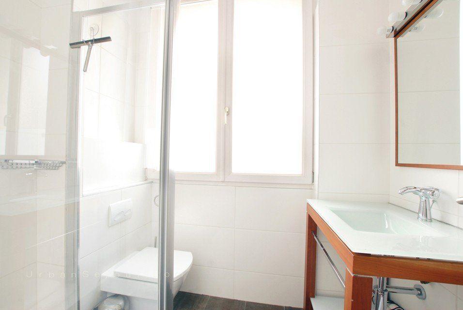 lyon 7 saxe gambetta grillet urban s jour. Black Bedroom Furniture Sets. Home Design Ideas