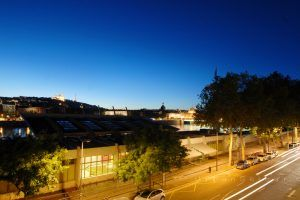 lyon-7-location-rhone-quai-claude-bernard-vue-balcon-nuit-pano-b