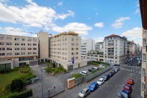 lyon-7-location-saint-joseph-universite-vue-sejour-a
