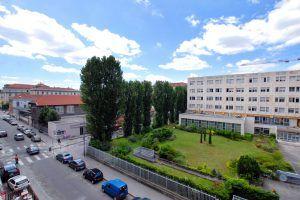 lyon-7-location-saint-joseph-universite-vue-sejour-b