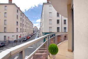 lyon-7-location-universite-reinach-balcon-a