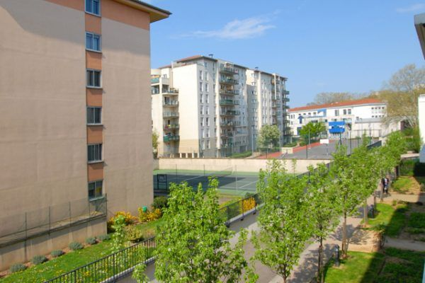 lyon-9-location-valmy-tuileries-vue-cote-chambres-b
