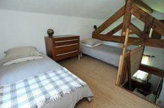 lyon-rillieux-maison-jaune-chambre-mezzanine1-240x159