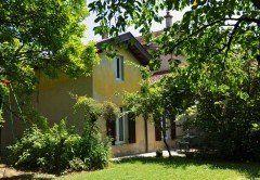 lyon-rillieux-maison-jaune-exterieur-240x166